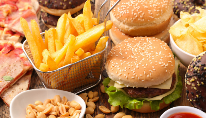 5 WAYS TO STOP BINGE EATING IN ITS TRACKS